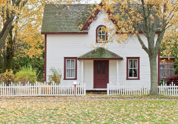 3 Best Home-Buying Tips for Newly Married Couples
